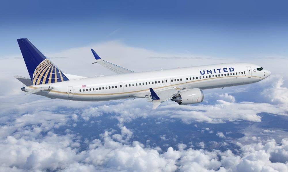 United Airlines prepara 16 mil despidos para octubre