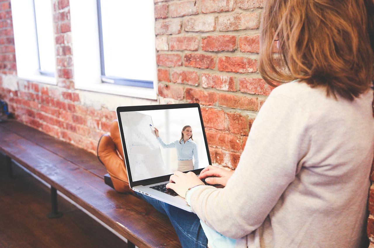 6 beneficios de la educación en línea
