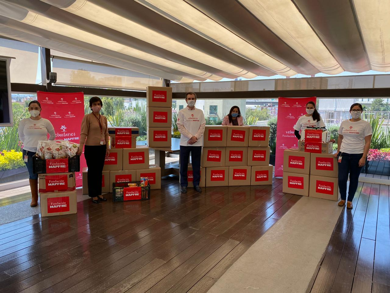 Mapfre recauda 2 toneladas de alimento en pro de la gente
