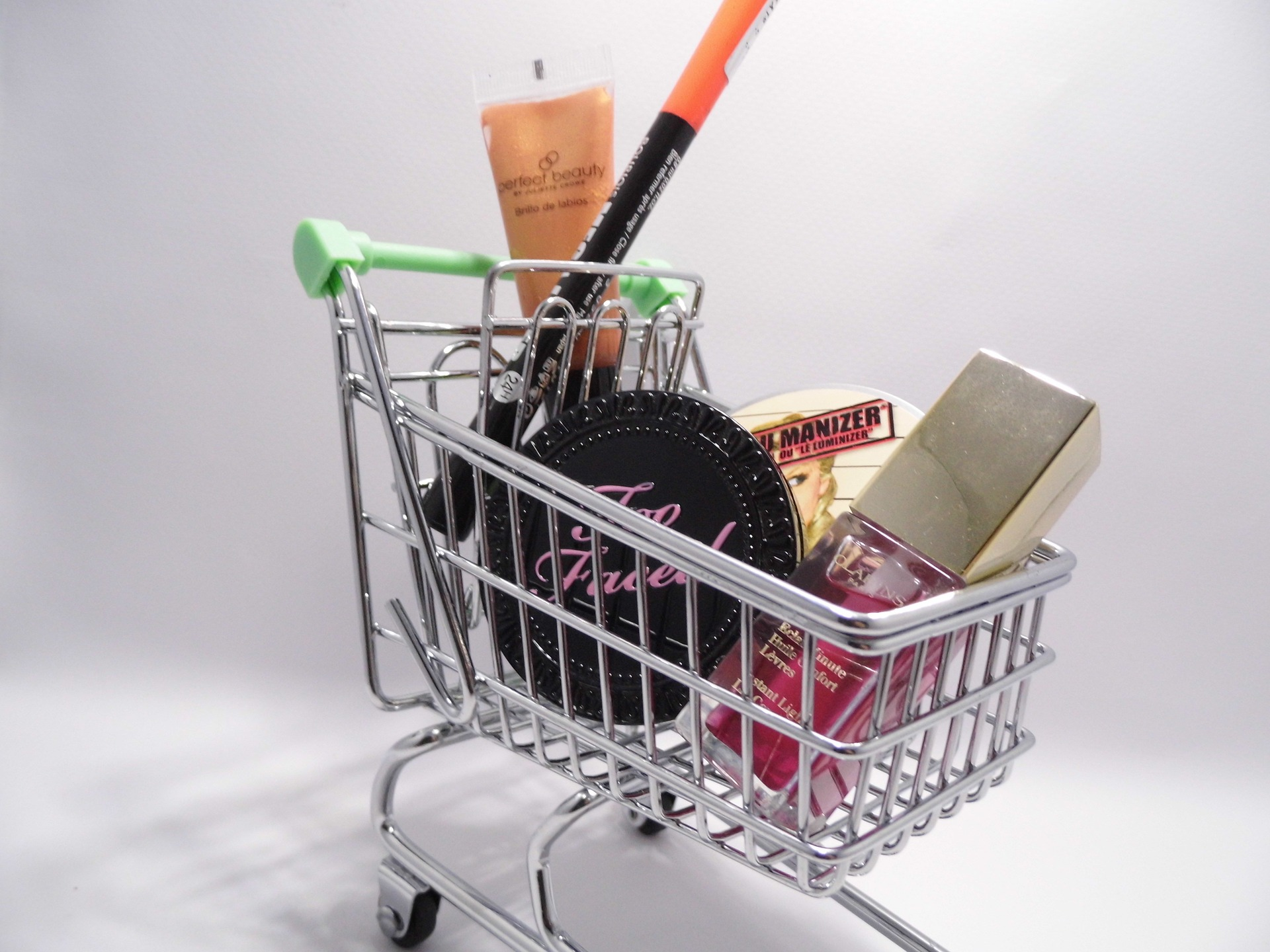 Confianza del consumidor crece 1.1%