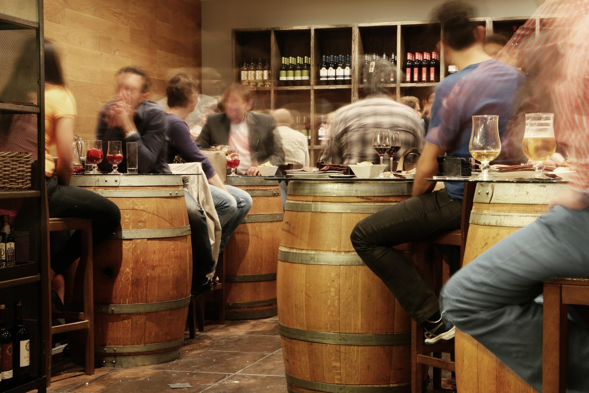 COPRISEM ordena suspensión de restaurantes-bar en Toluca