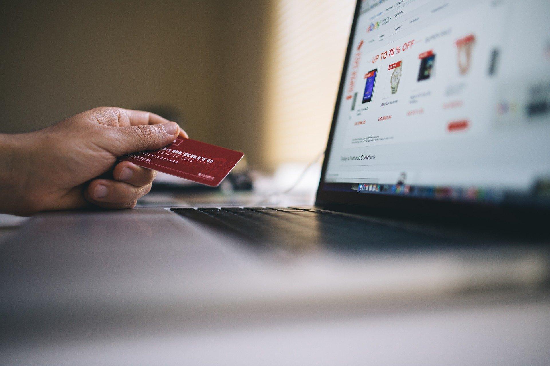 39% de los consumidores aumentó compras en línea