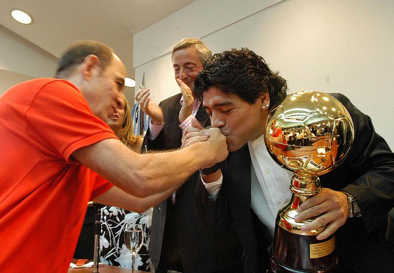 Así despiden en redes sociales a Maradona