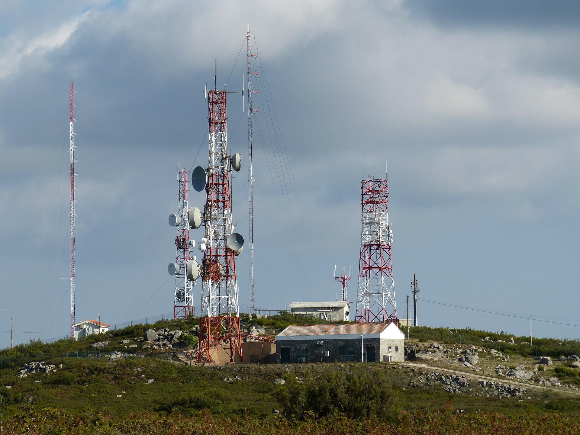 81 mmdd generan las telecomunicaciones y tecnologías de la información