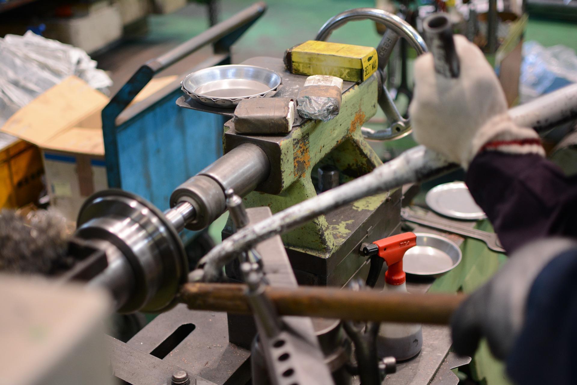 Empleo manufacturero creció 0.4% en septiembre: Inegi