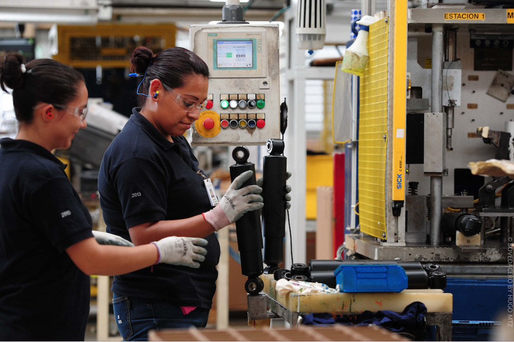 Actividad económica con caída de 2.1% en marzo, estima Inegi