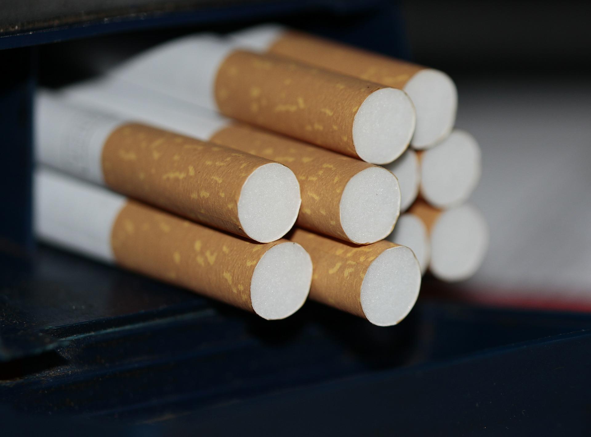Cae 25% venta de cigarros en el país