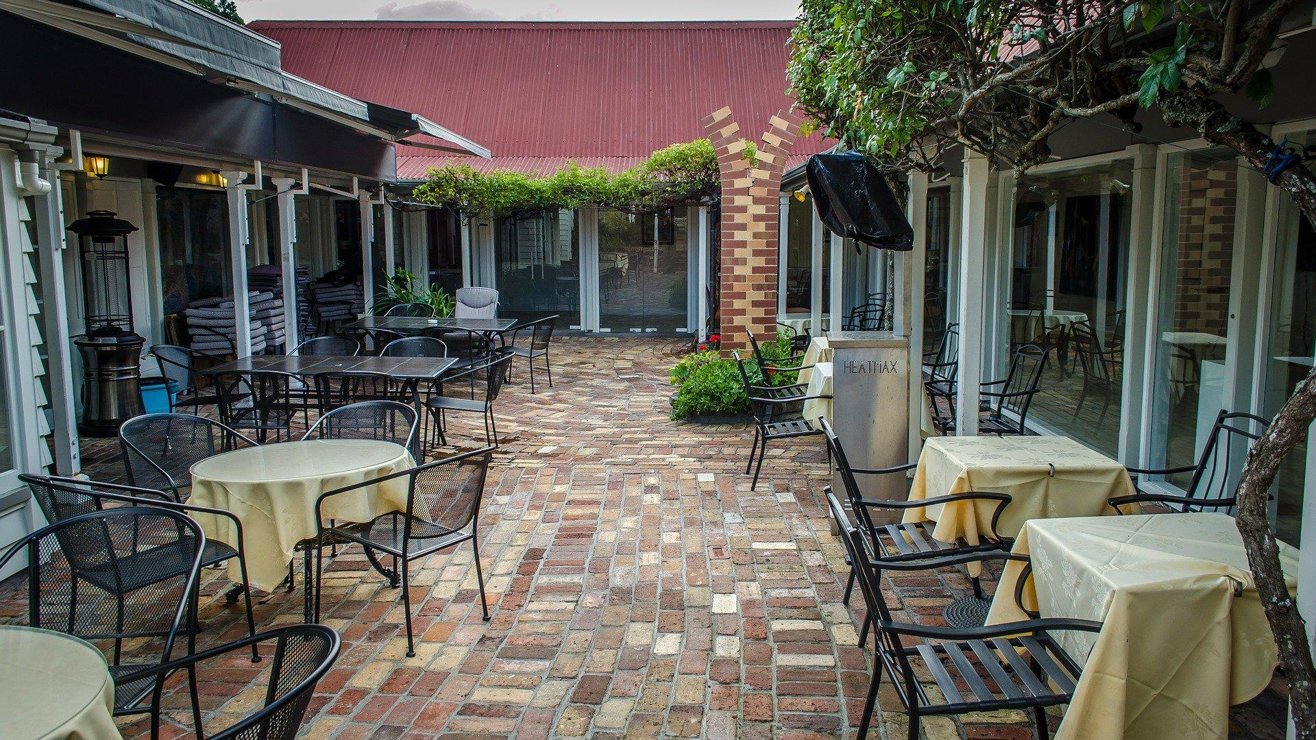 Restauranteros insisten en ampliar horario