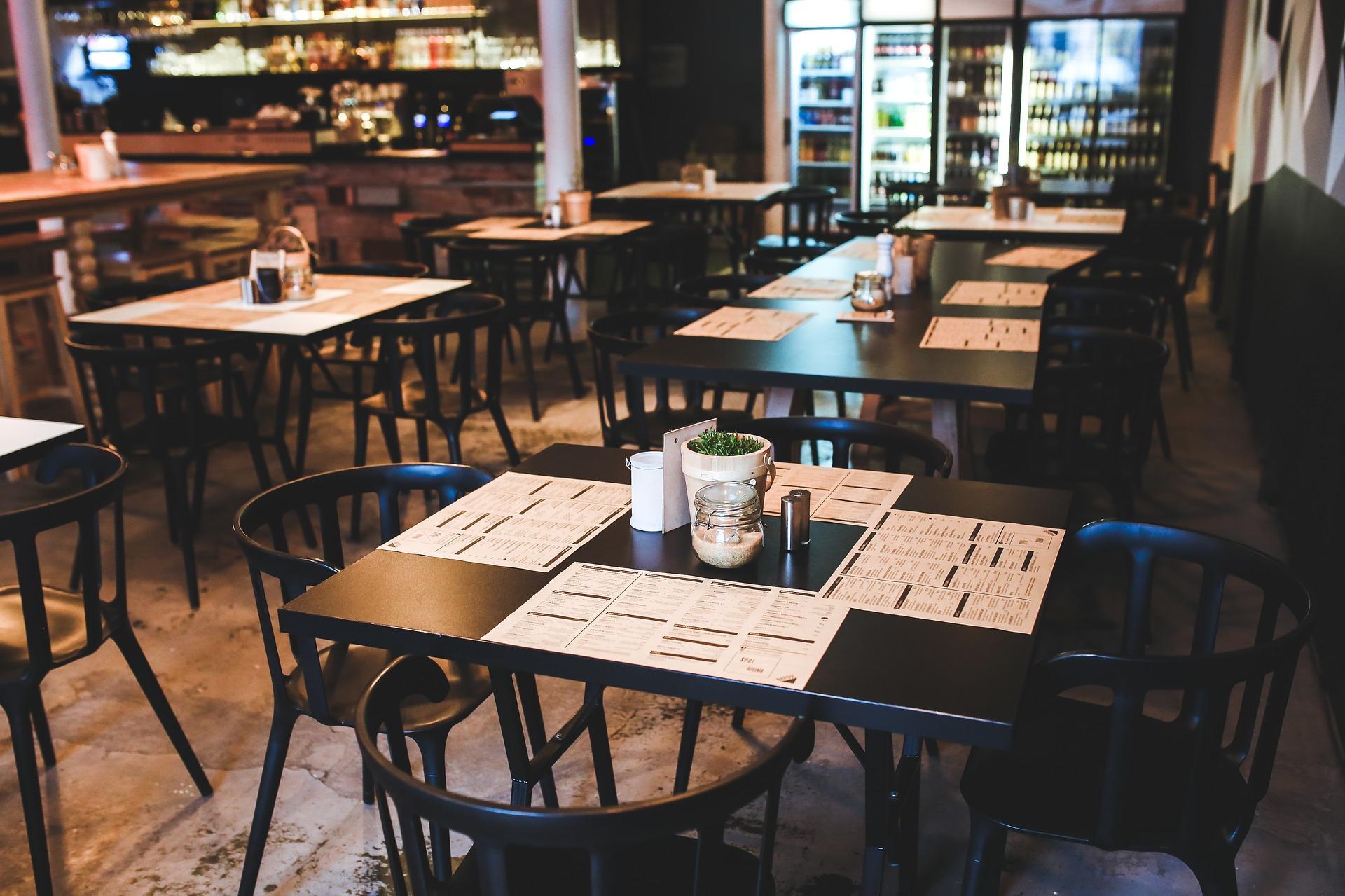Restaurantes de CDMX podrán abrir con restricciones
