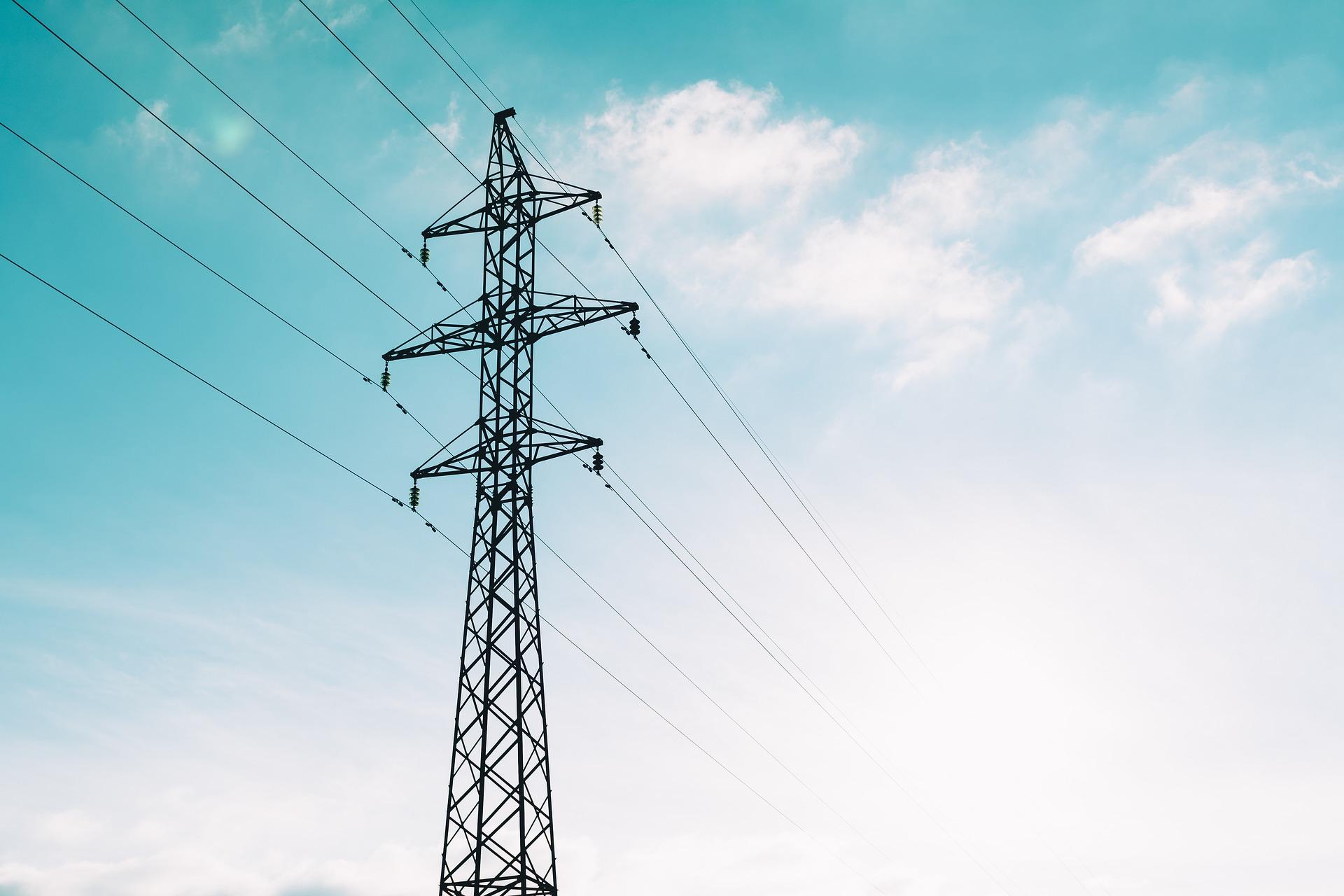 Reforma a la ley eléctrica, implicaría energía más cara y contaminante