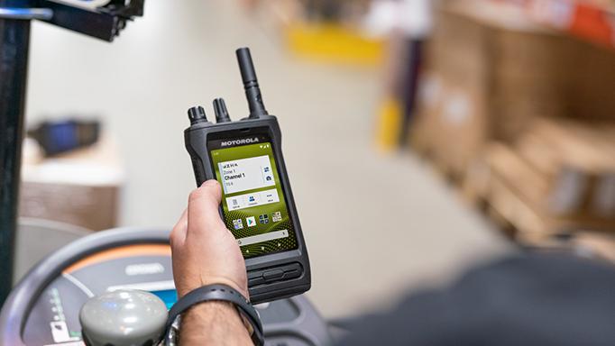 Motorola Solutions lanza nuevo radio inteligente