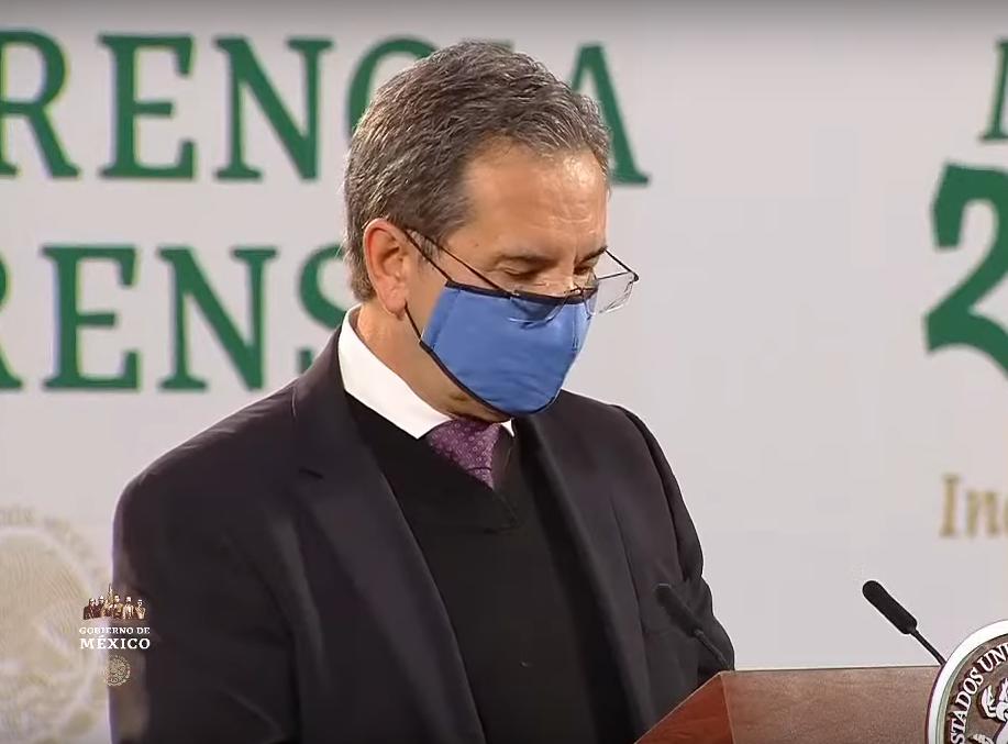 Esteban Moctezuma deja oficialmente la SEP
