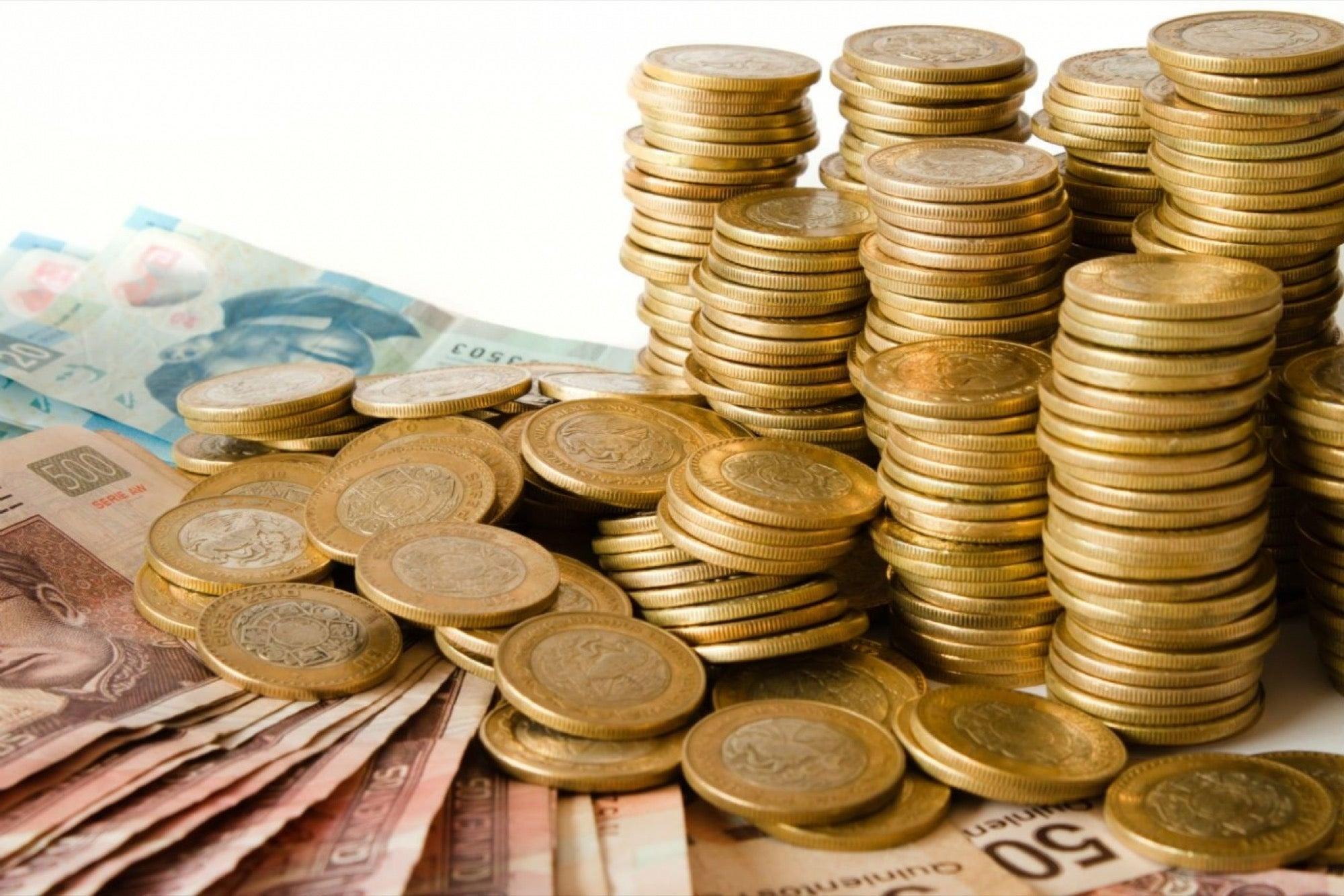 PIB de México crecerá 3.89% en 2021: Banxico