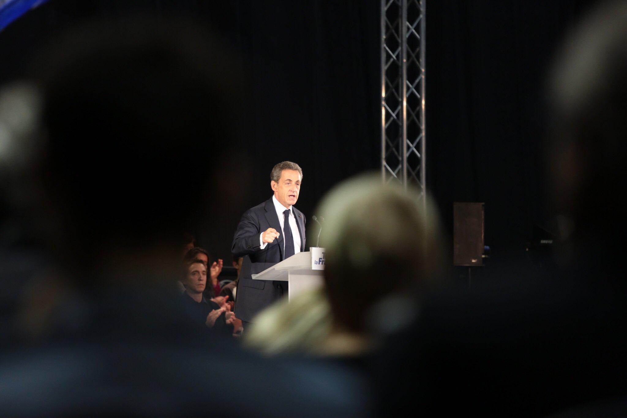 Nicolas Sarkozy, expresidente de Francia, es condenado a 3 años de cárcel