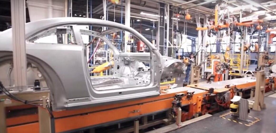 Volkswagen retomará producción en julio