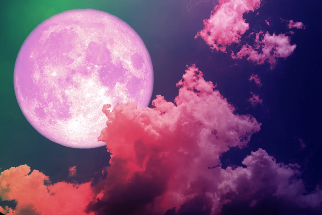 Disfruta la súper luna rosa en la ciudad