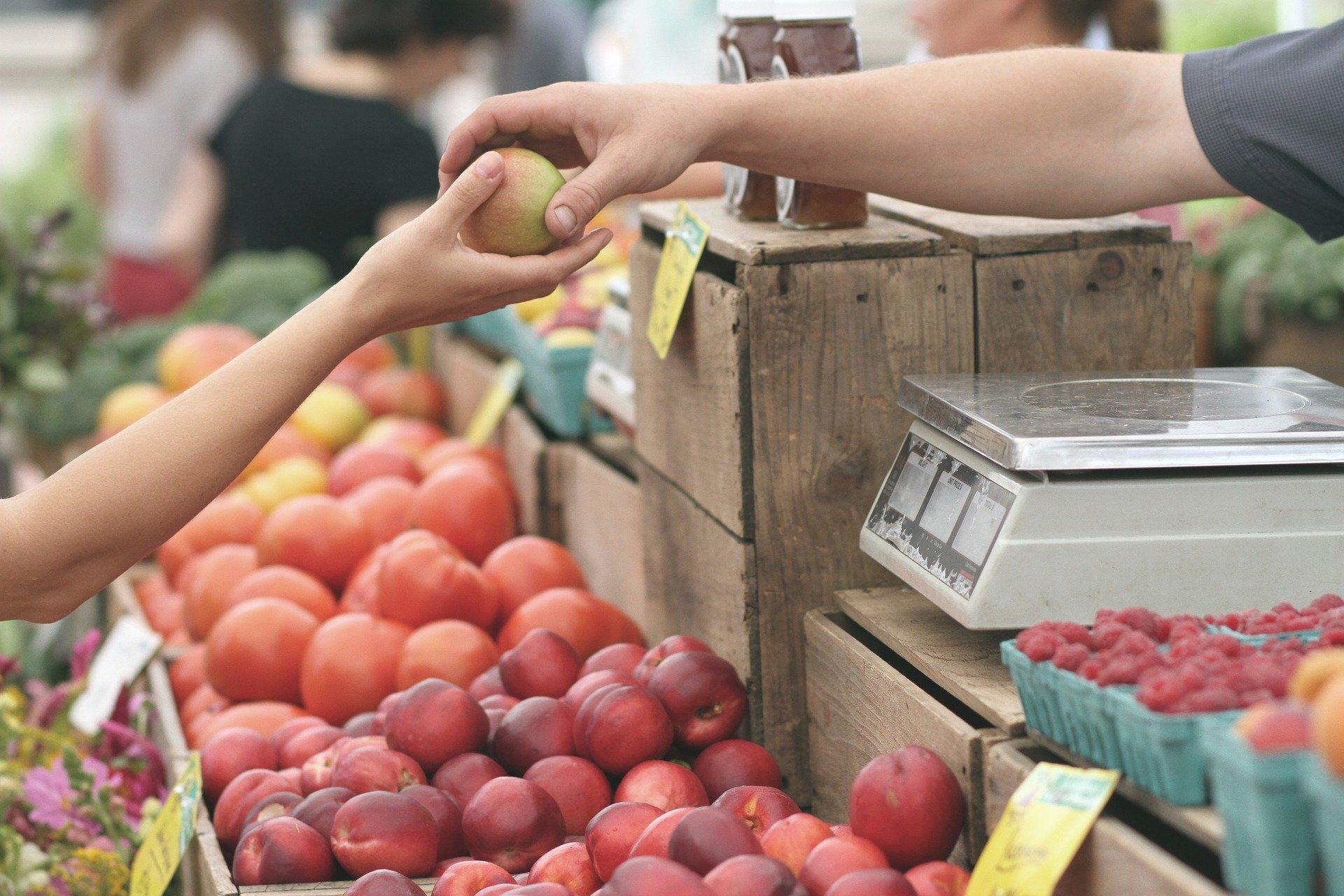 Confianza del consumidor aumenta 1.6 puntos en marzo