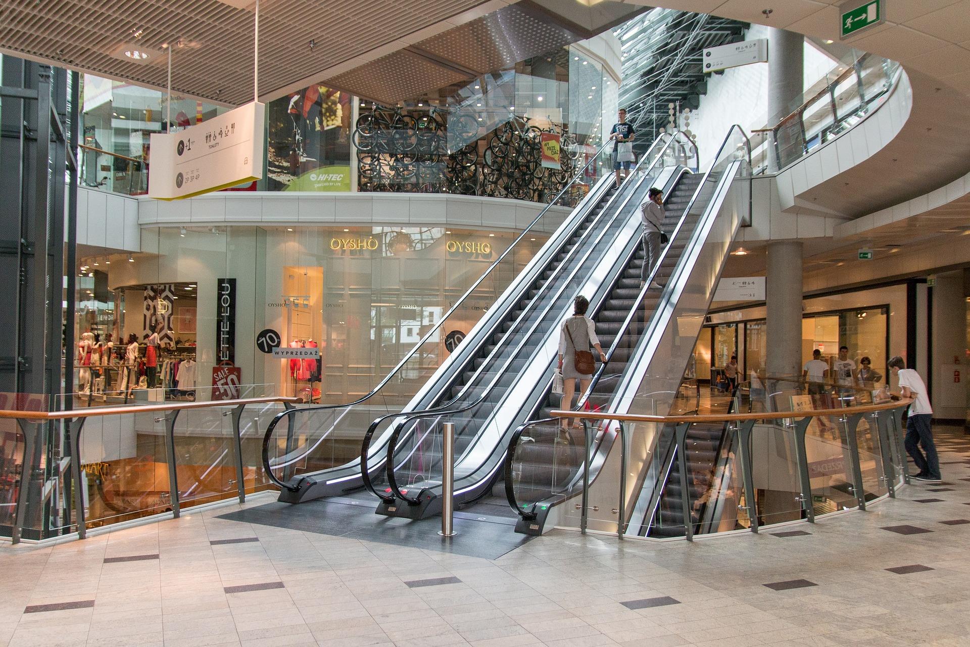 Afluencia a centros comerciales se recupera en 1T de 2021