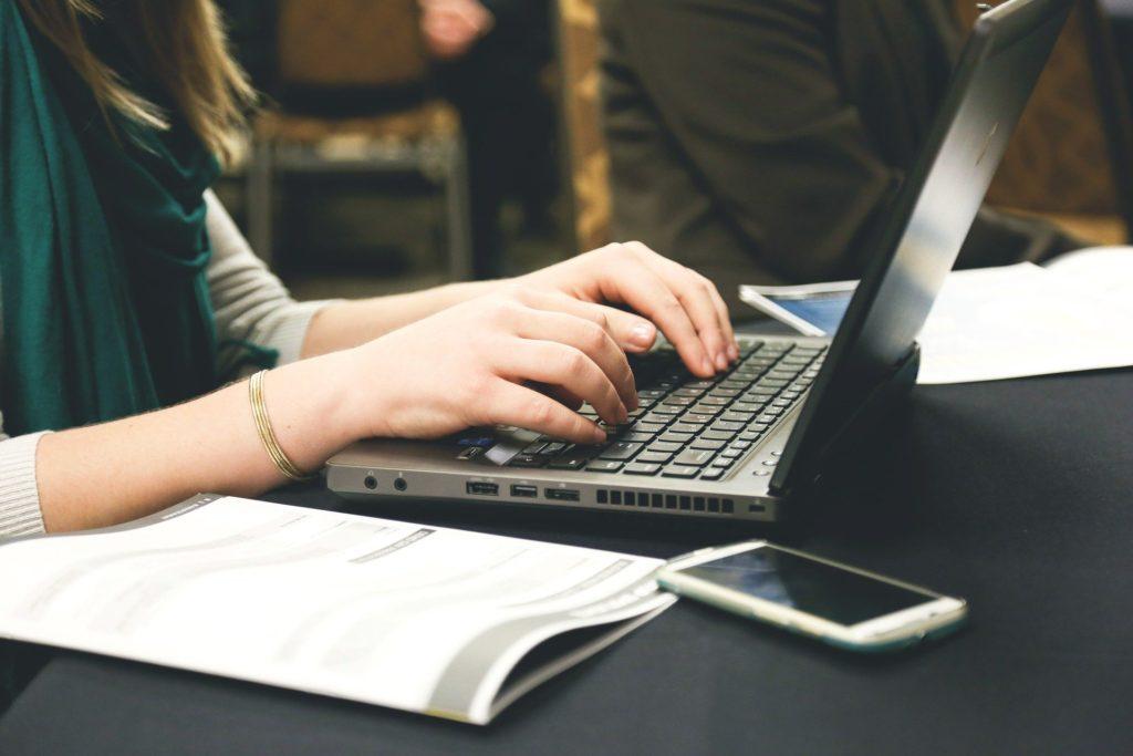 El trabajo a distancia y la salud mental: MIT Sloan