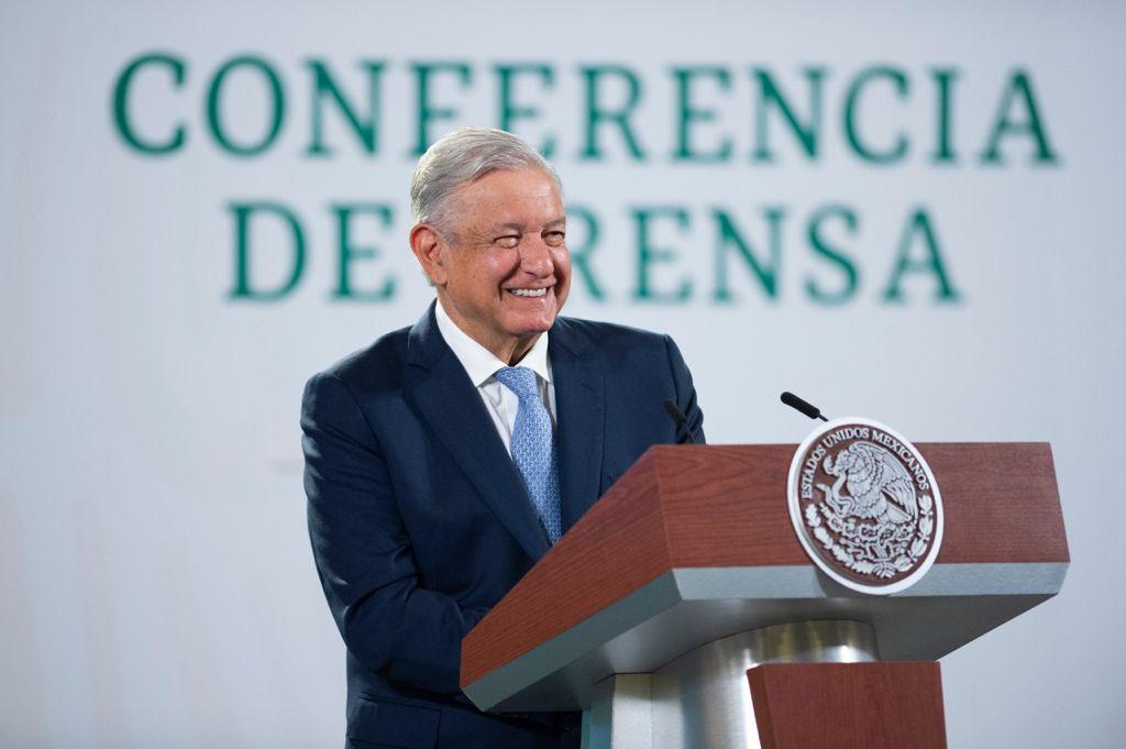 AMLO pide a Banxico explicar falta de remanentes