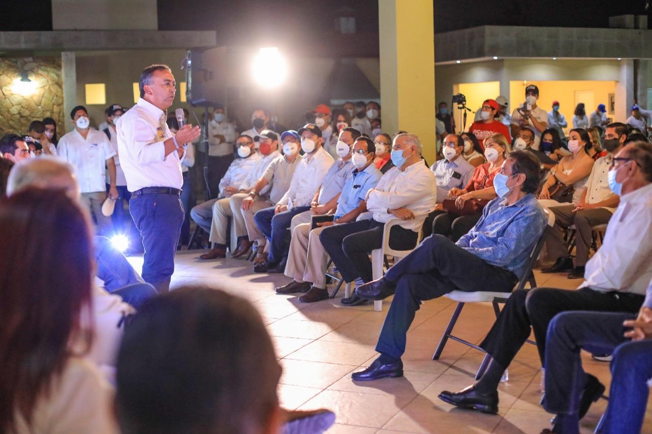 Pancho Pelayo trabajará en beneficio del sector salud
