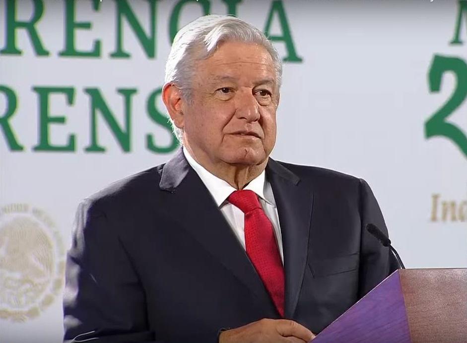 AMLO firma decreto para el fortalecimiento de aduanas