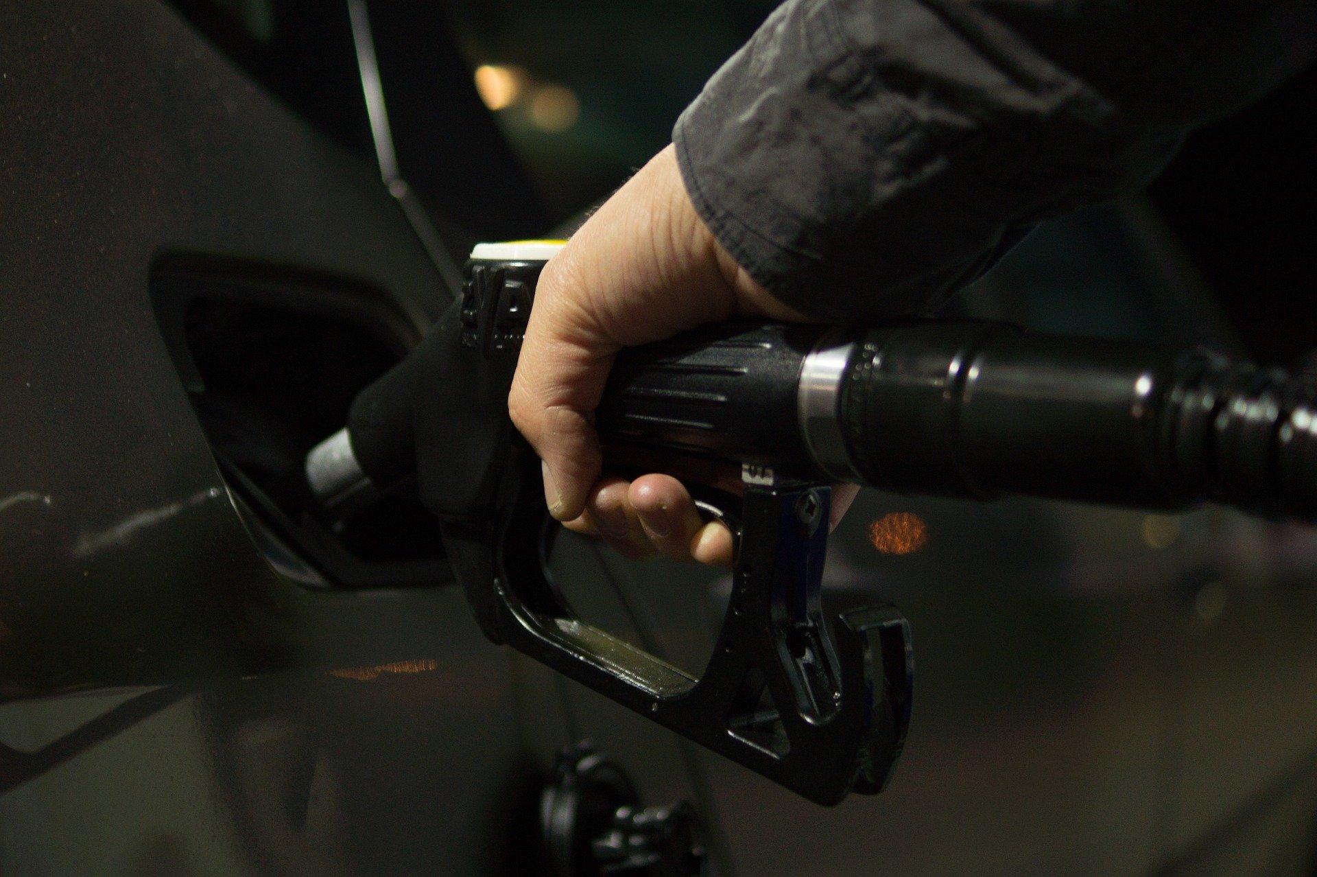 Usuarios pagarán menos por gasolina, SHCP incrementa estímulo