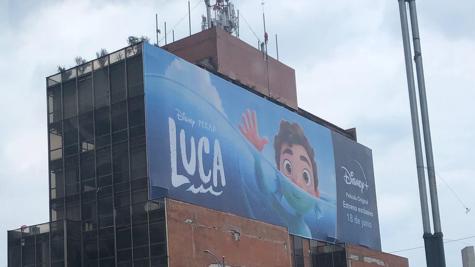 Publicidad exterior ilegal amenazada por el T-MEC