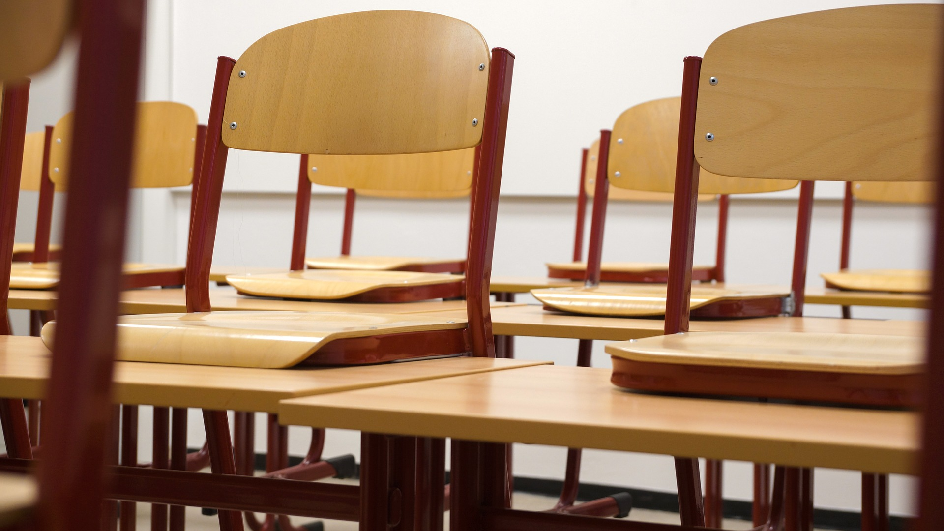 AMLO garantiza seguridad sanitaria en regreso a clases