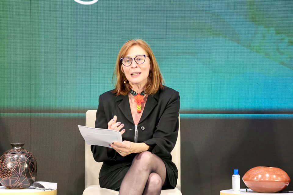 Tatiana Clouthier dialogó con la secretaria de comercio de EU