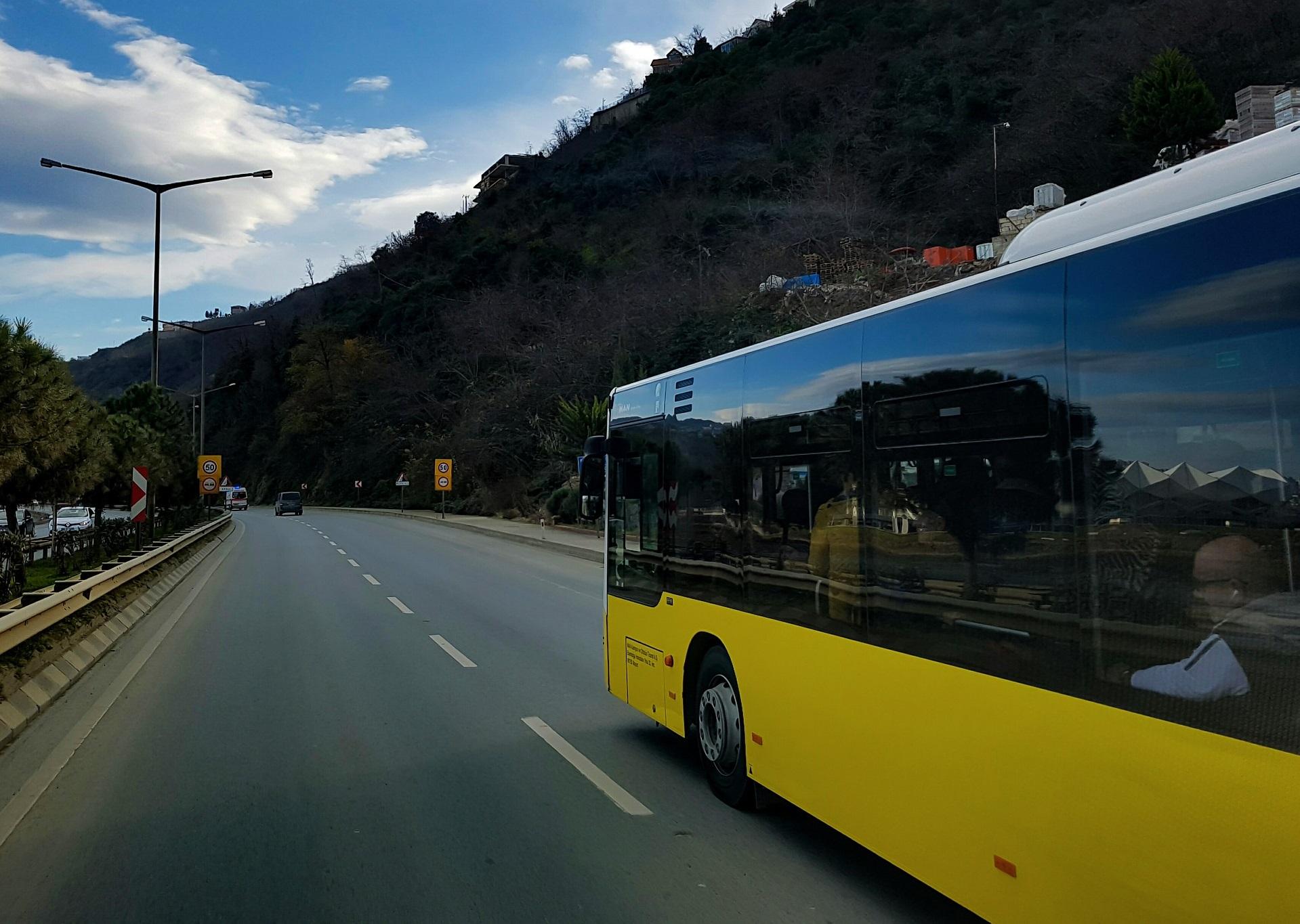 En verano, maestros y estudiantes que viajen tendrán descuento en transporte