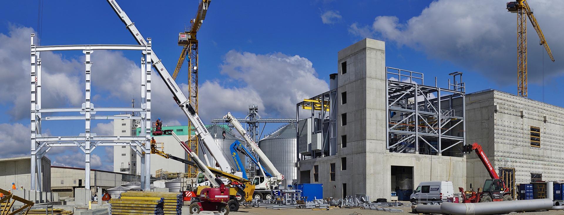 Producción de empresas constructoras cae 1.1% en mayo