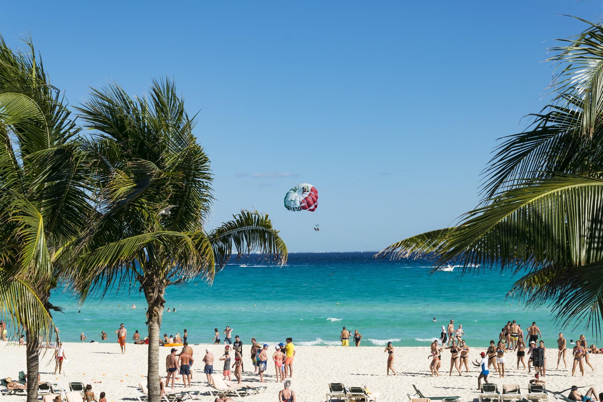 Aumenta número de turistas estadounidenses en Caribe mexicano