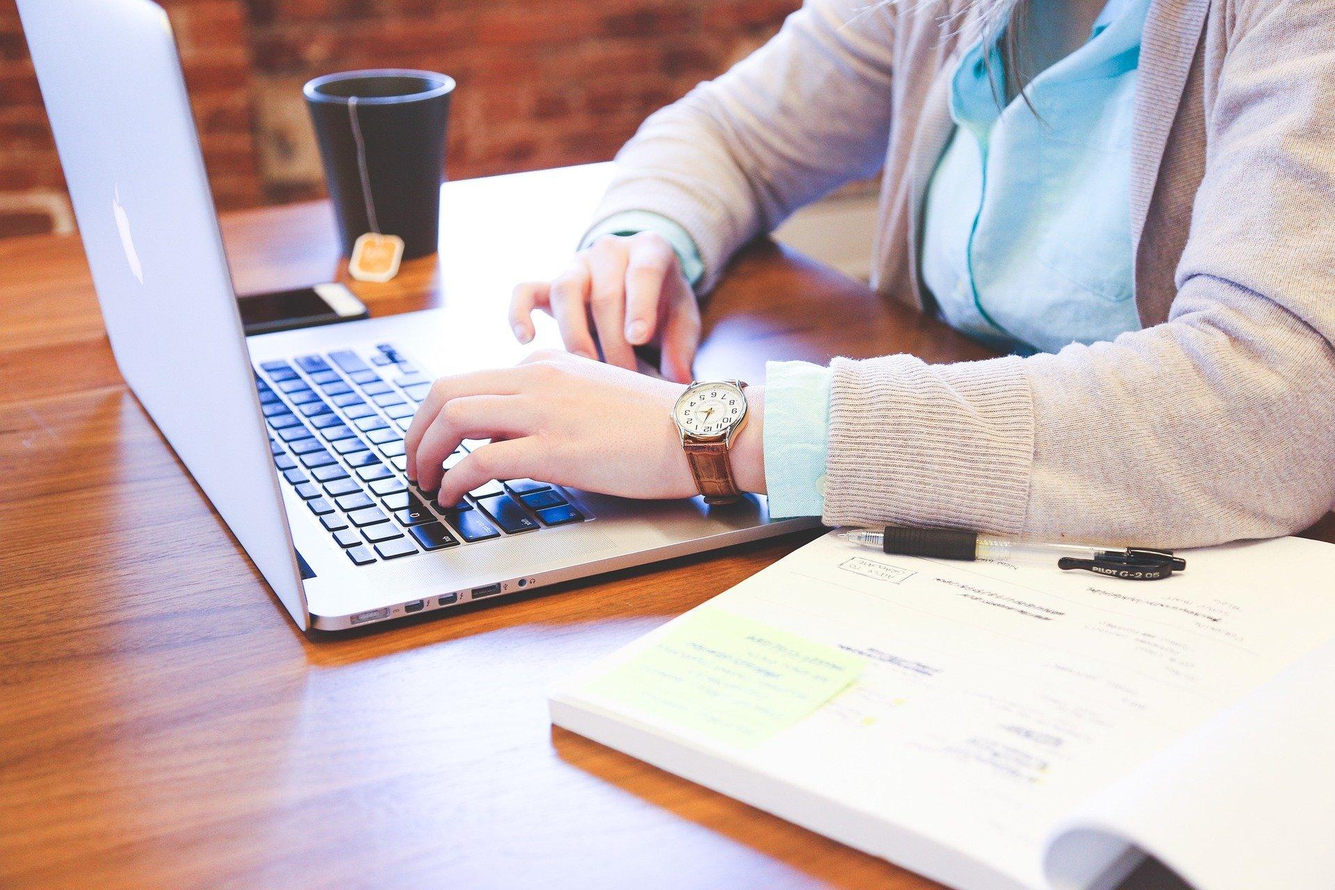 SE y Cisco buscan desarrollar habilidades tecnológicas en mujeres