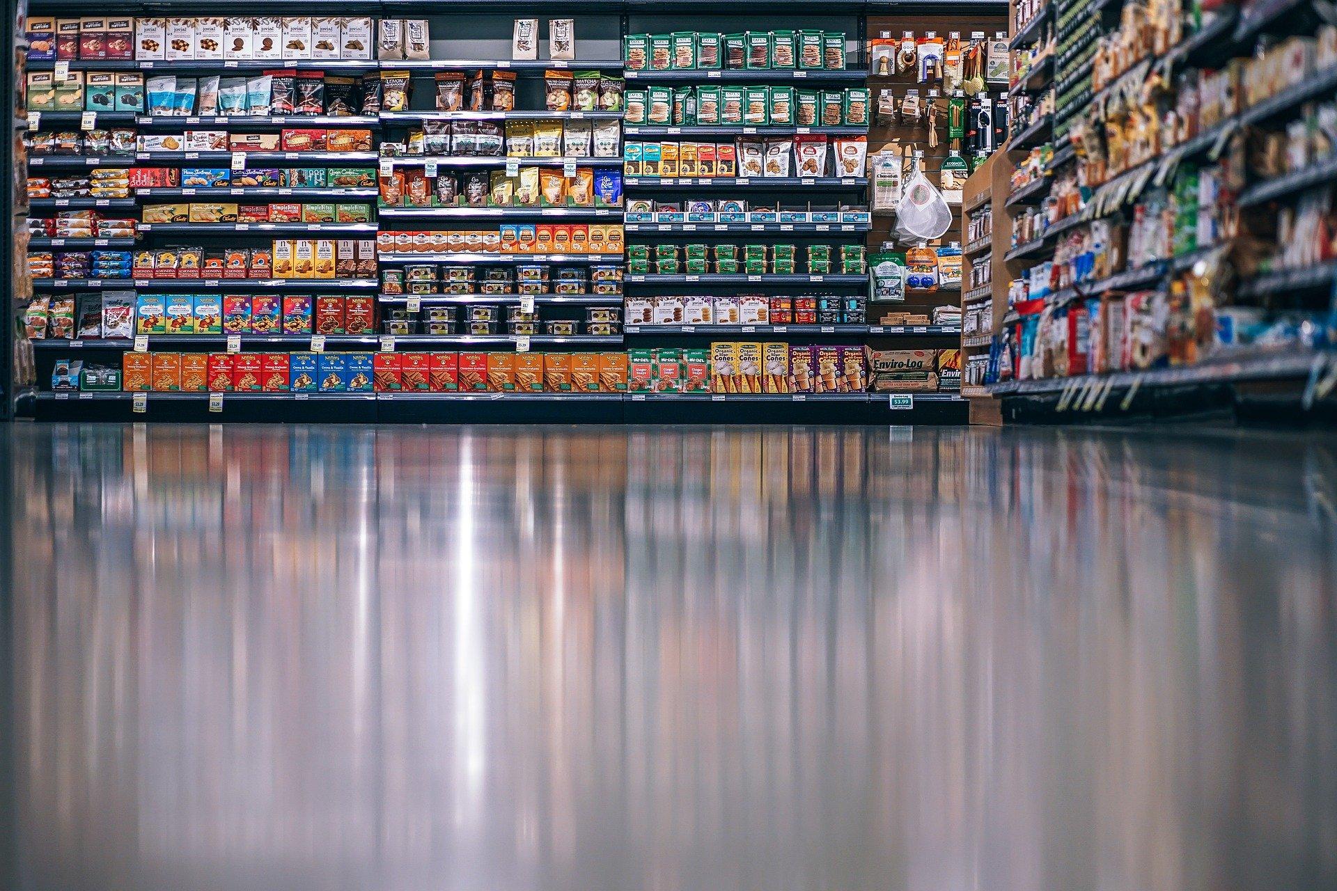 Mexicanos disminuyeron sus salidas para realizar compras en 2T2021