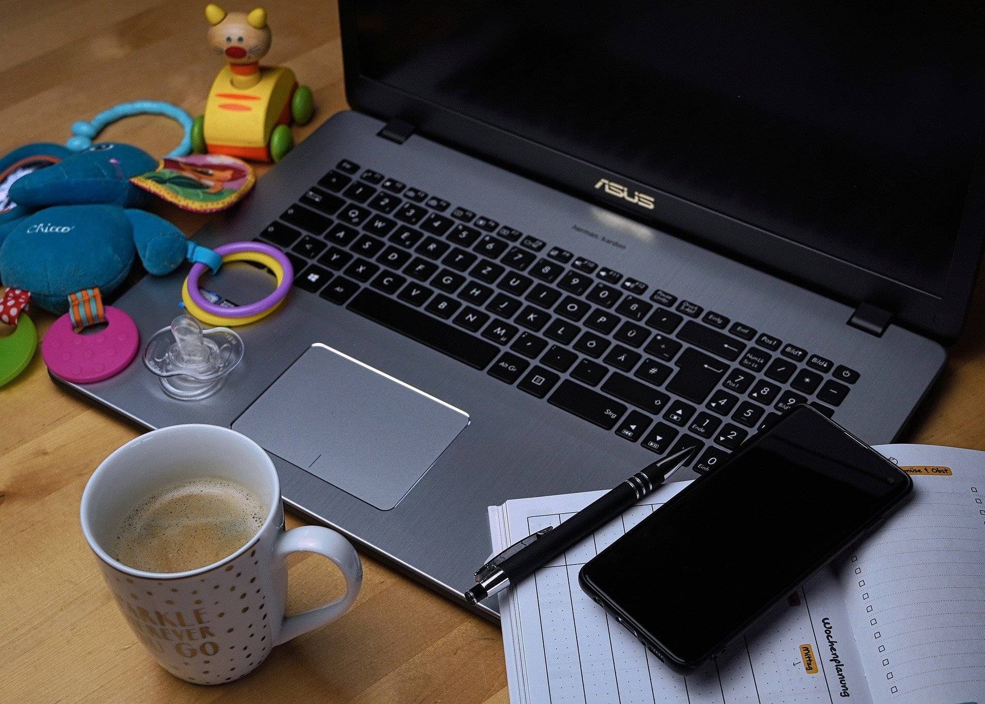 Cómo mantenerse productivo en el home office cuando tienes hijos