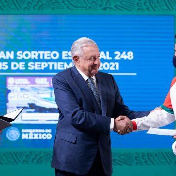 Atletas mexicanos reciben estímulos económicos