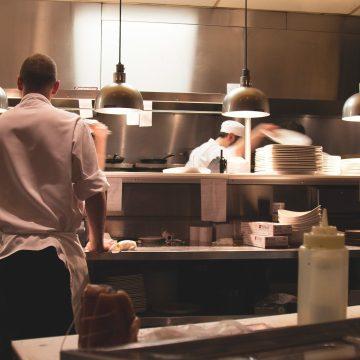 Restaurantes generan más de 2 millones de empleos